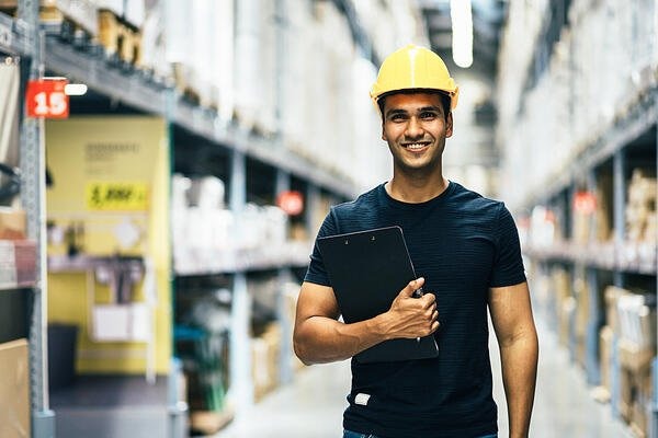 How suppliers can win business from big companies