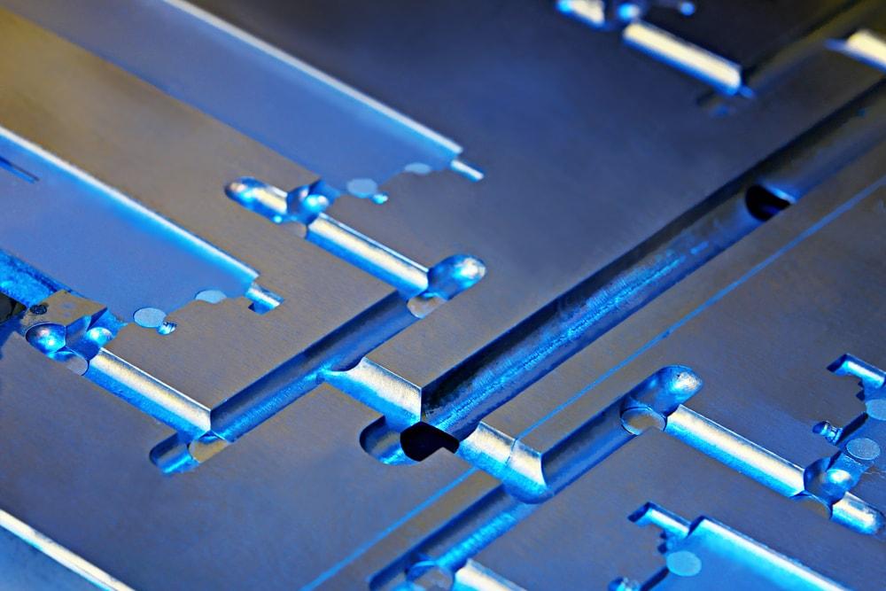Amorphous Metal Injection Molding